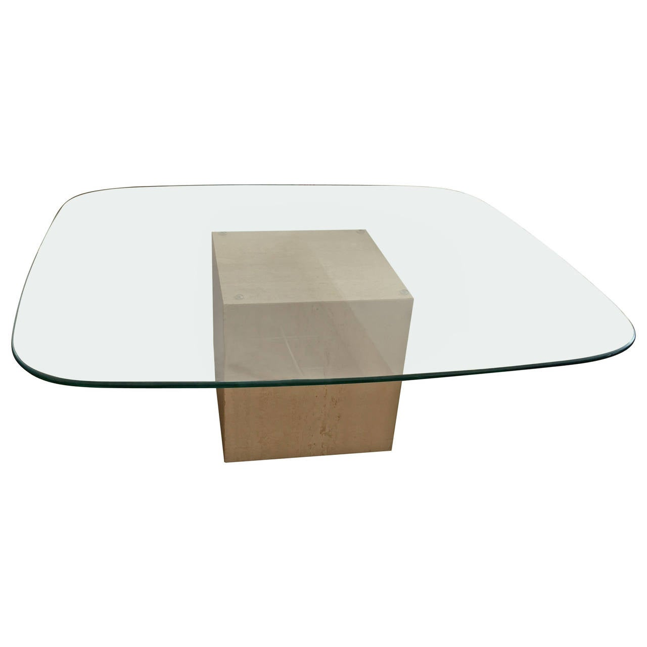 2824462 ljpeg for Glass cube coffee table