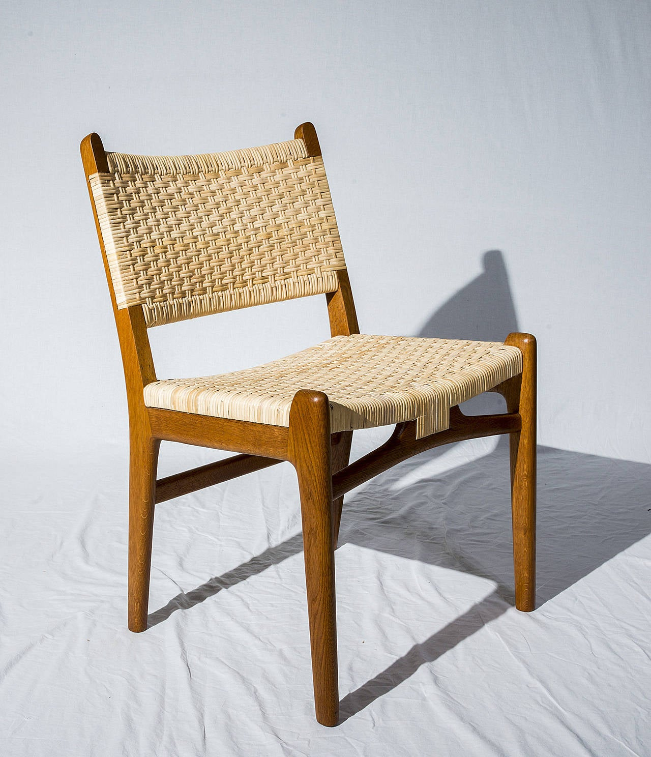 Set of 16 hans wegner ch31 dining chairs for sale at 1stdibs for Wegner dining chair
