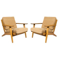 Pair of Hans Wegner GE-290 Lounge Chairs