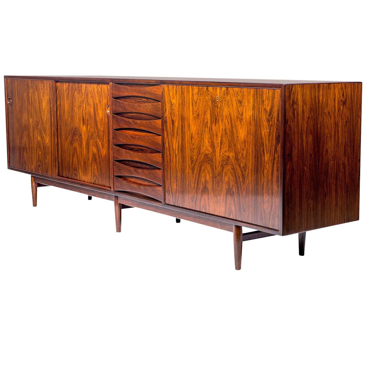 arne vodder rosewood sideboard for sale at 1stdibs. Black Bedroom Furniture Sets. Home Design Ideas