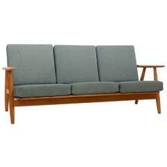 Hans Wegner GE-240 Sofa