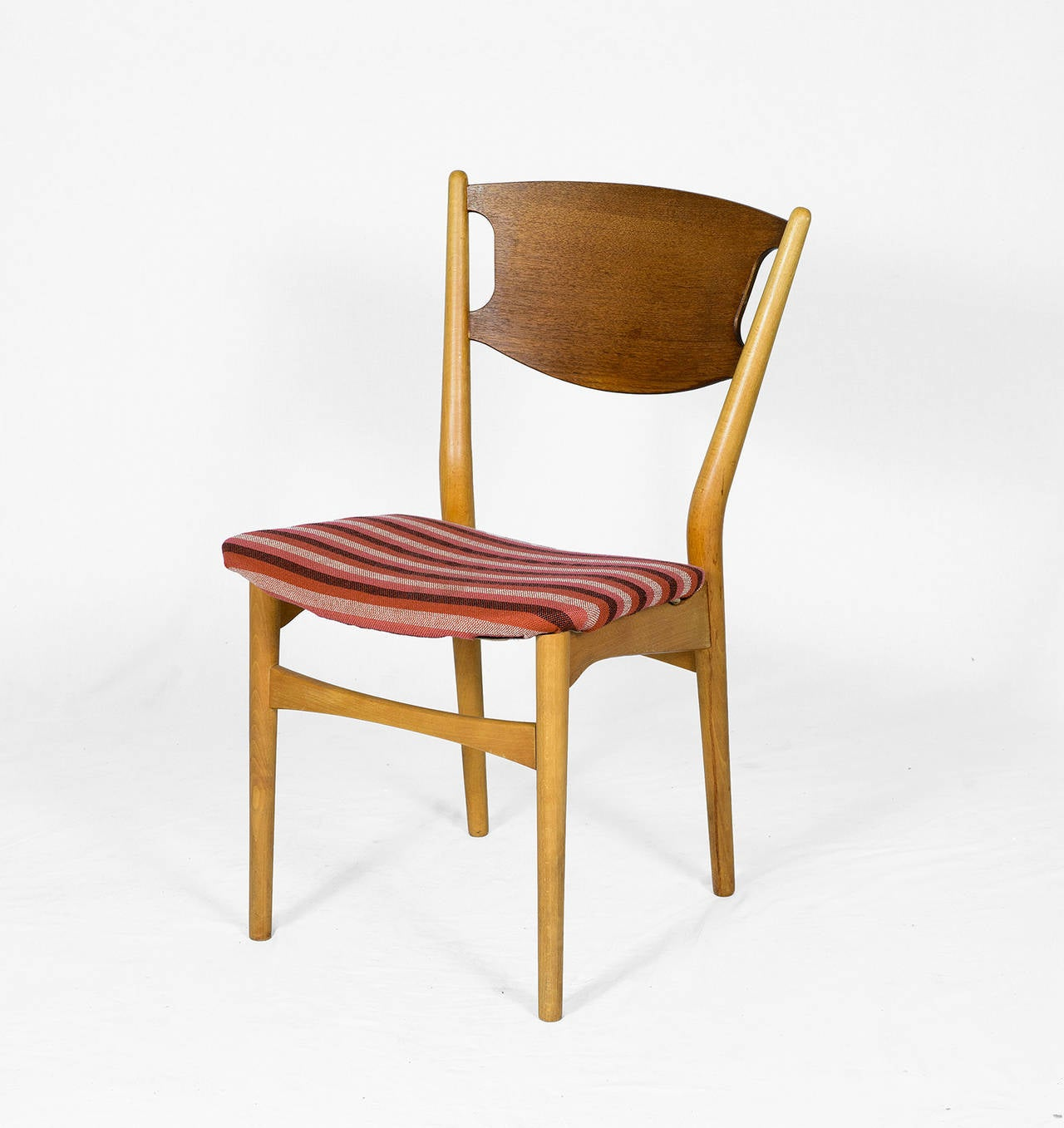 Scandinavian Modern Set of Four Danish Dining Chairs For Sale