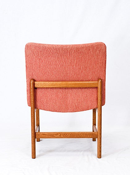 Pair of Danish Chairs In Excellent Condition For Sale In Los Angeles, CA