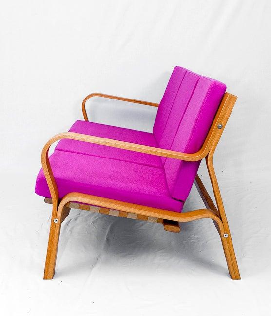 Scandinavian Modern Hans Wegner GE-671 Sofa For Sale