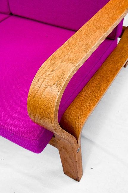 Hans Wegner GE-671 Sofa In Good Condition For Sale In Los Angeles, CA