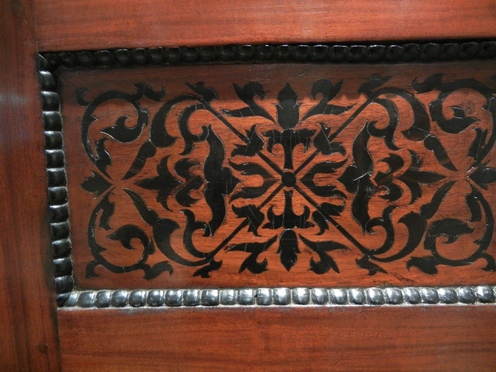Colonial Dutch Mahogany Cabinet Inlaid with Ebony For Sale 1