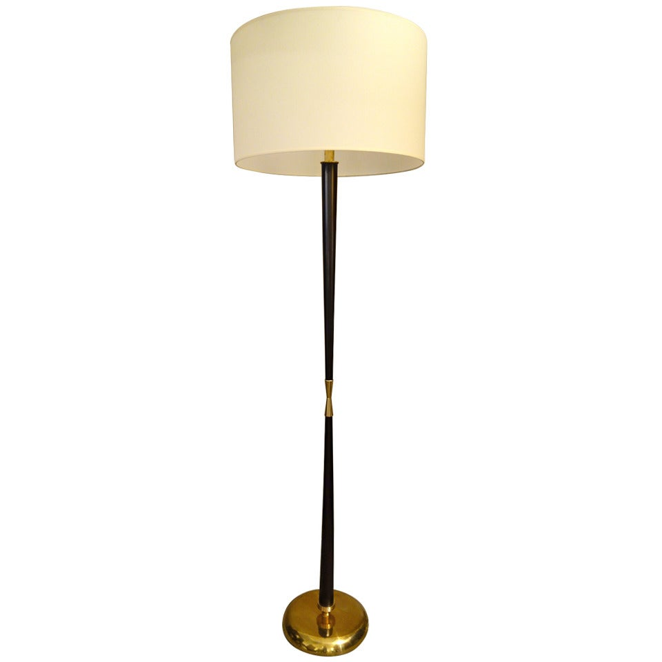 Italian Mid-Century Modern Stilnovo Wood and Brass Floor Lamp