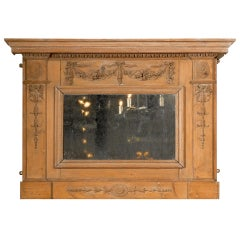 English 1780s Georgian Period Pine Mirror with Original Glass and Carved Swags