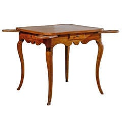 1770s French Period Louis XV Walnut Game Table with Pull-Outs and Drawers