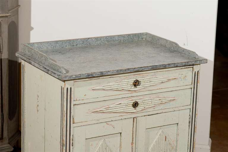 Swedish 1890s Gustavian Style Painted Wood Buffet with Two Drawers and Two Doors For Sale 3
