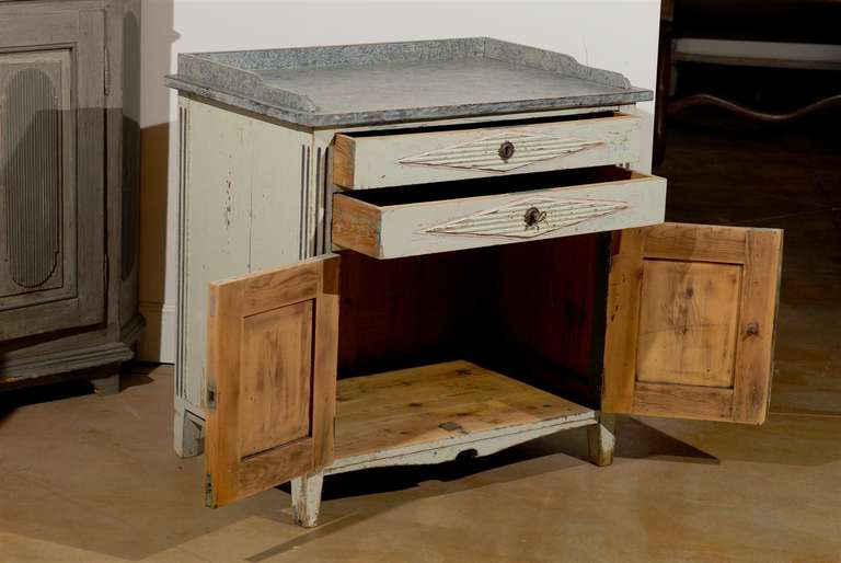 Swedish 1890s Gustavian Style Painted Wood Buffet with Two Drawers and Two Doors For Sale 5