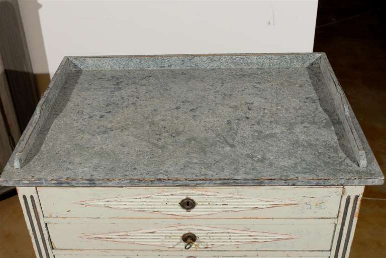 Swedish 1890s Gustavian Style Painted Wood Buffet with Two Drawers and Two Doors For Sale 6