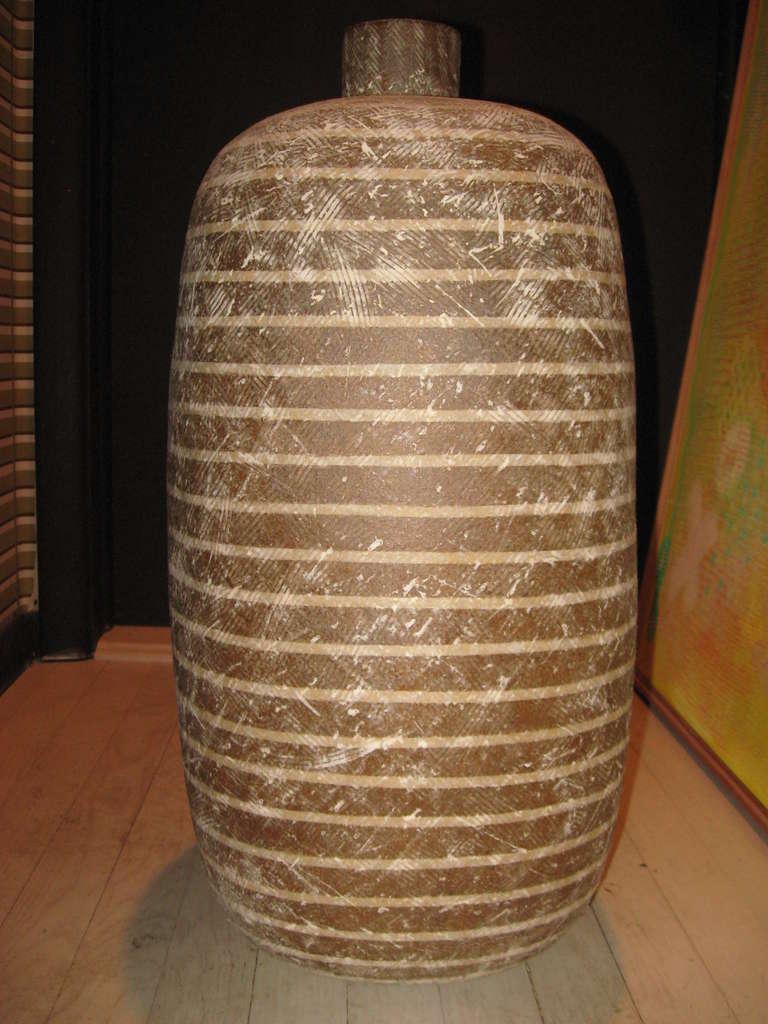 "Claude Conover ""Okot"" Pottery Vassel 2"