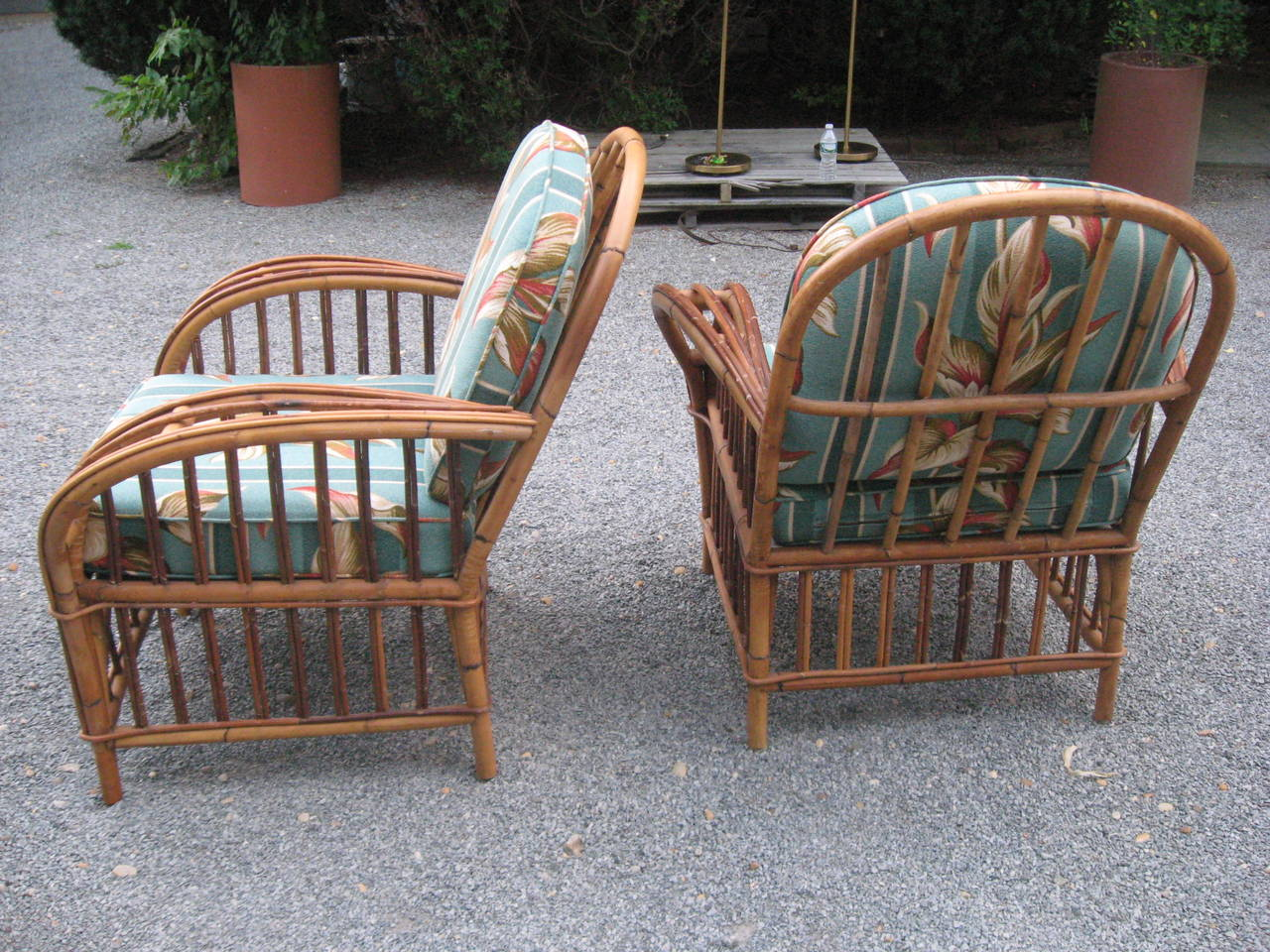 American Vintage Pair of Rattan Lounge Chairs For Sale
