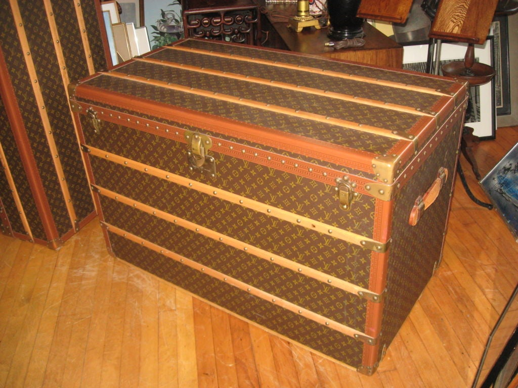 French Louis Vuitton Courier Steamer Trunk For Sale