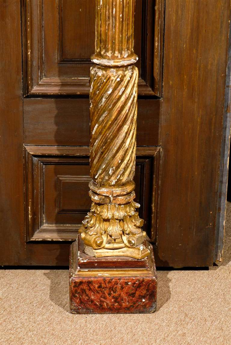 Giltwood Pair of 19th Century Italian Neoclassical Gilt-Wood Columns For Sale