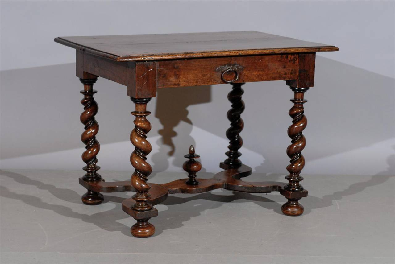 18th century french louis xiii style walnut table with barley twist legs at 1stdibs. Black Bedroom Furniture Sets. Home Design Ideas