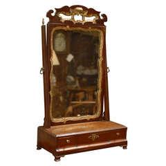George III period Dressing Mirror in Mahogany & Gilt, c. 1790