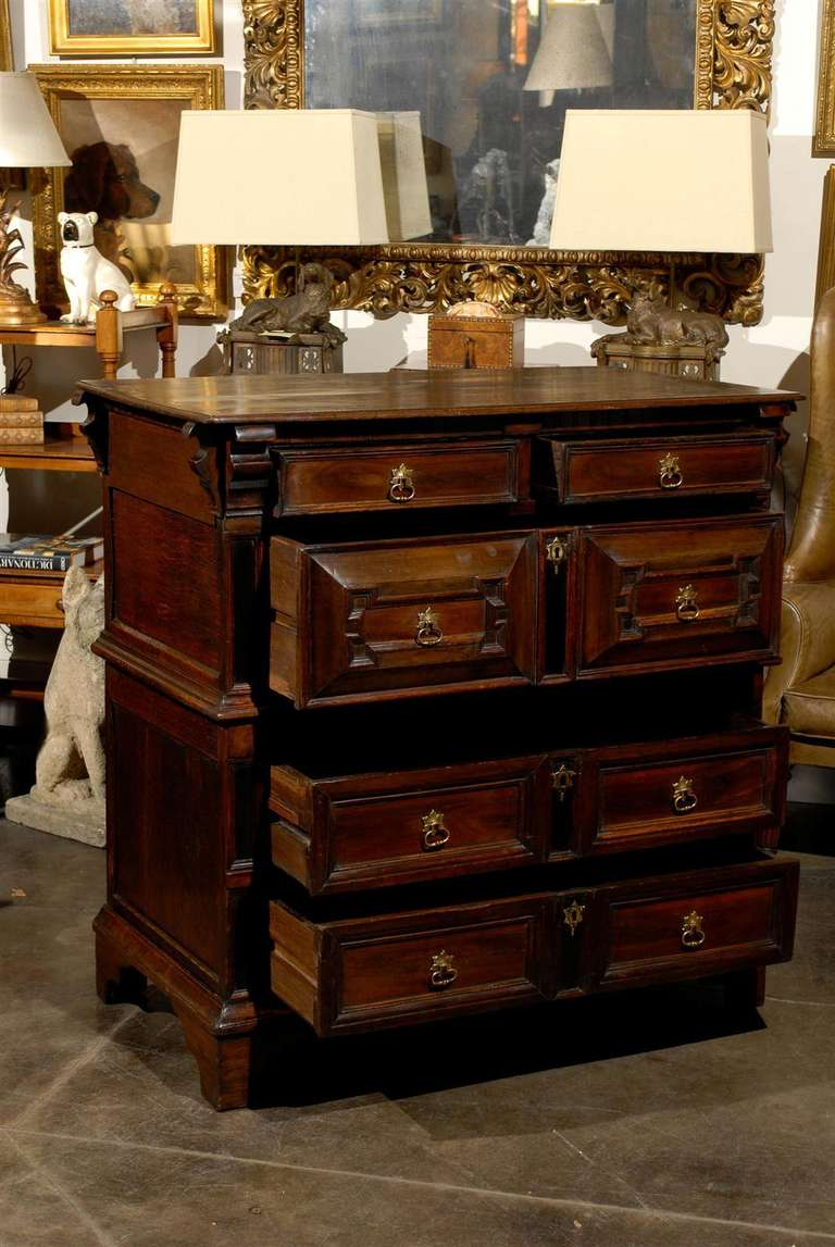 Mid-18th Century Large English George III Geometric Front Five-Drawer Commode In Good Condition For Sale In Atlanta, GA