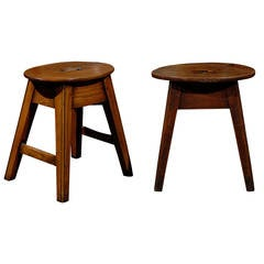 English Oval Top Oak Stool with Splayed Legs and Side Stretcher, circa 1880
