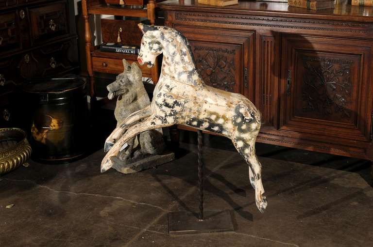English Painted Wooden Horse Sculpture on Stand from the Mid-19th Century For Sale 5
