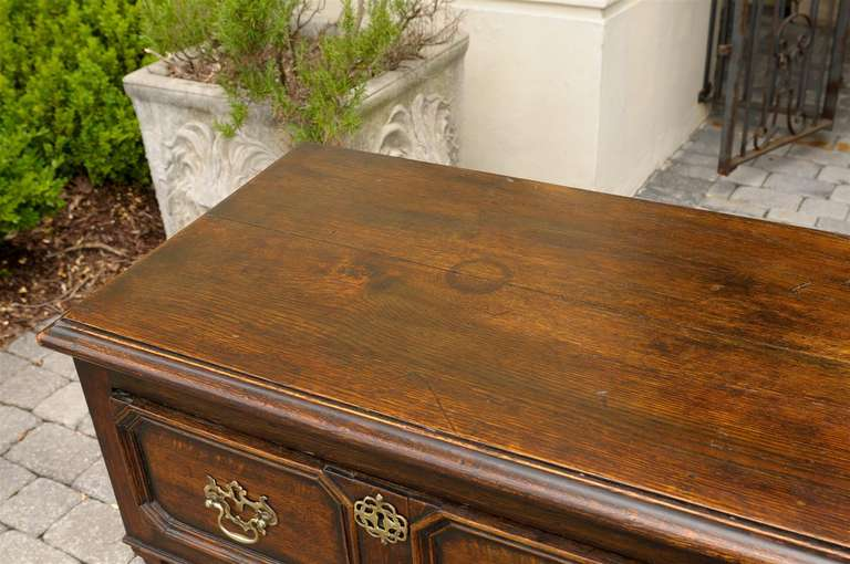 English Mid-19th Century Oak Sideboard with Two Drawers and Lower Shelf For Sale 1