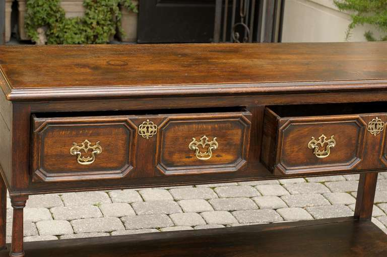English Mid-19th Century Oak Sideboard with Two Drawers and Lower Shelf For Sale 2
