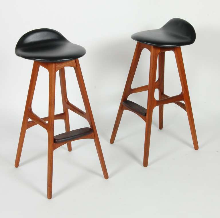 Erik buch bar stools at 1stdibs - Erik buch bar stool ...