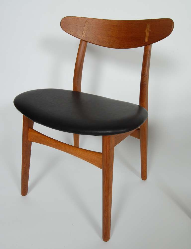 Six hans wegner ch 30 dining chairs at 1stdibs for Wegner dining chair