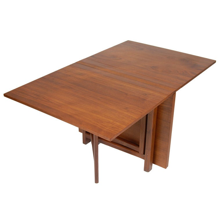 Gate leg folding dining table at 1stdibs for One leg dining table