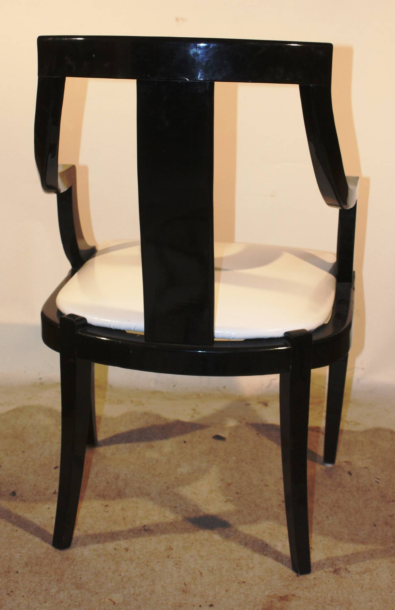 Set of six black lacquer dining chairs at 1stdibs for Black dining sets with 6 chairs