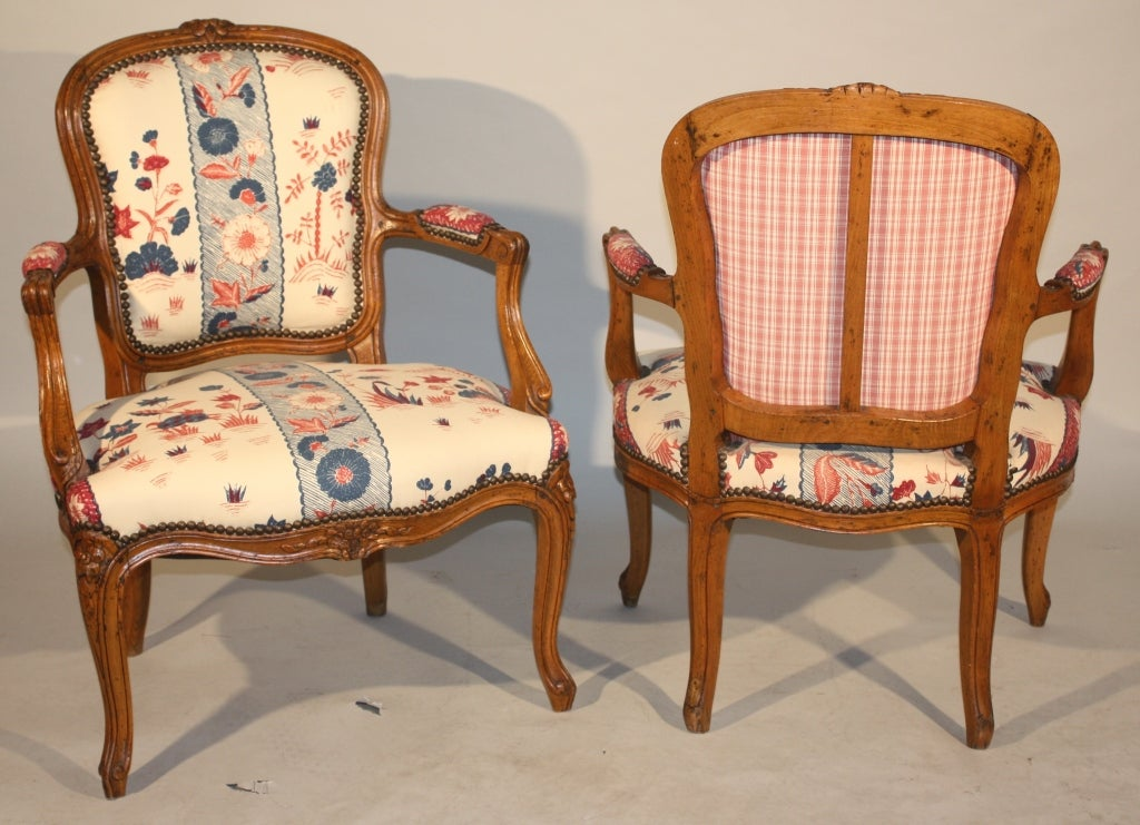 Pair Of Louis Xv Fauteuils For Sale At 1stdibs