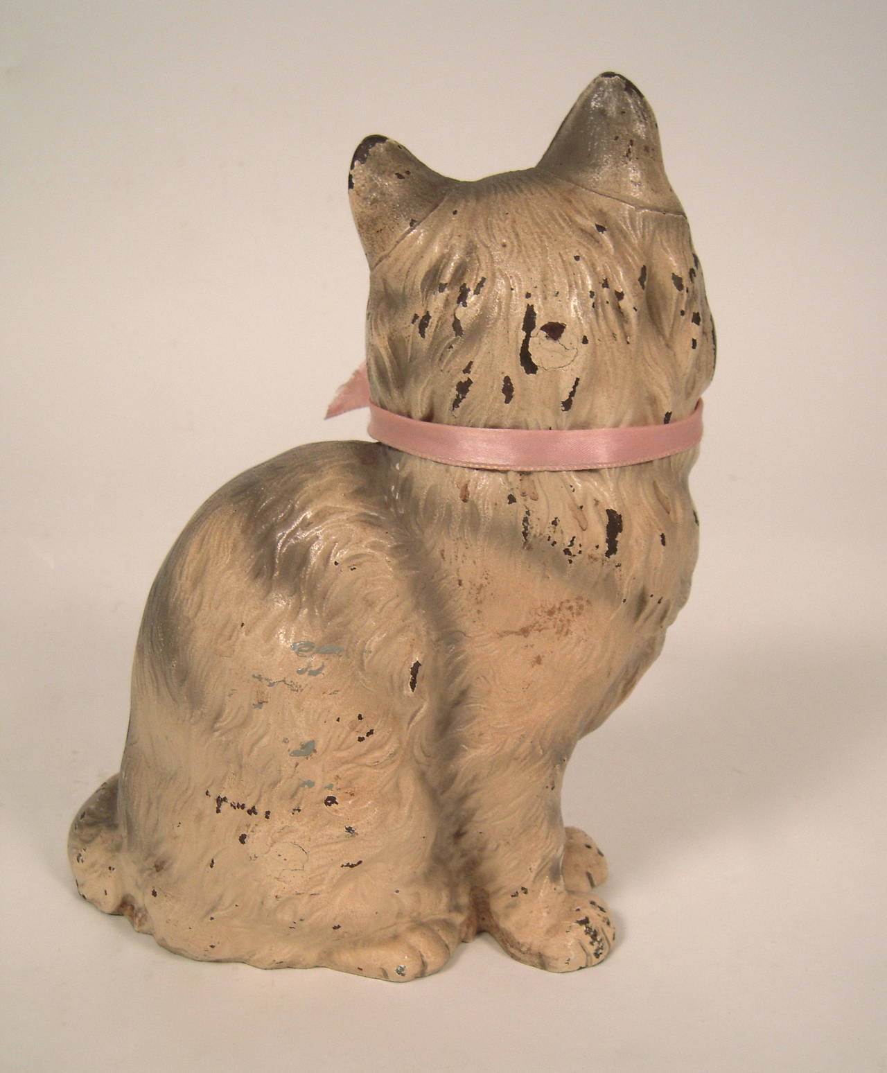 Hubley painted cast iron cat door stop at 1stdibs - Cast iron cat doorstop ...