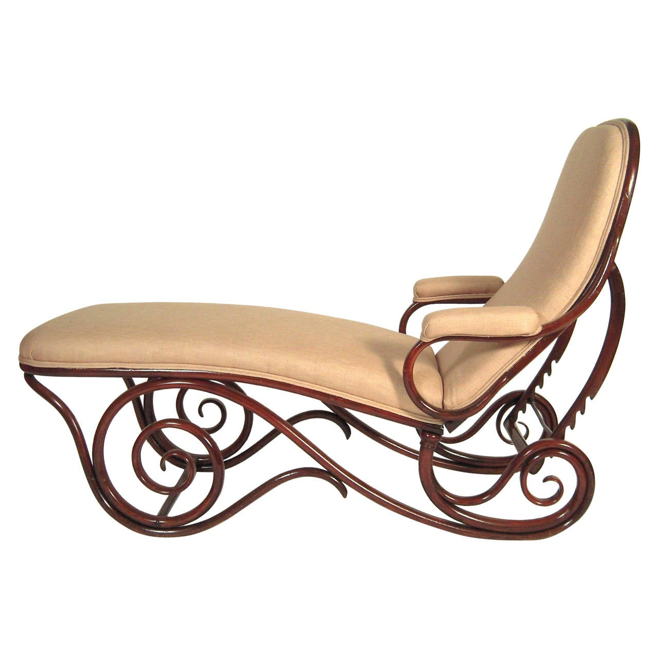 Thonet adjustable bentwood chaise longue at 1stdibs for Chaise bentwood