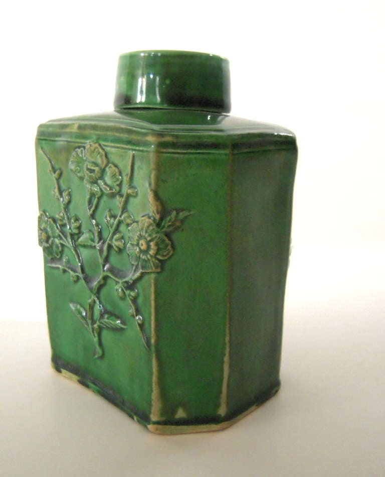 Chinoiserie 18th Century English Green Glazed Staffordshire Pottery Tea Caddy