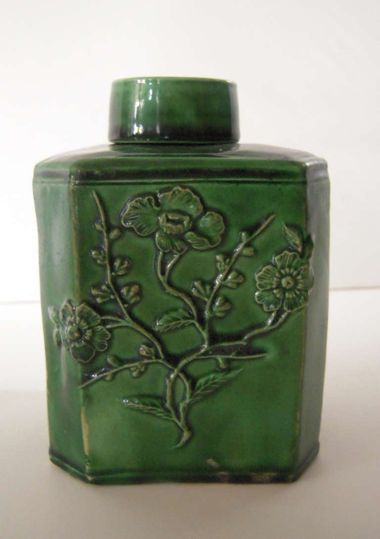 Mid-18th Century 18th Century English Green Glazed Staffordshire Pottery Tea Caddy