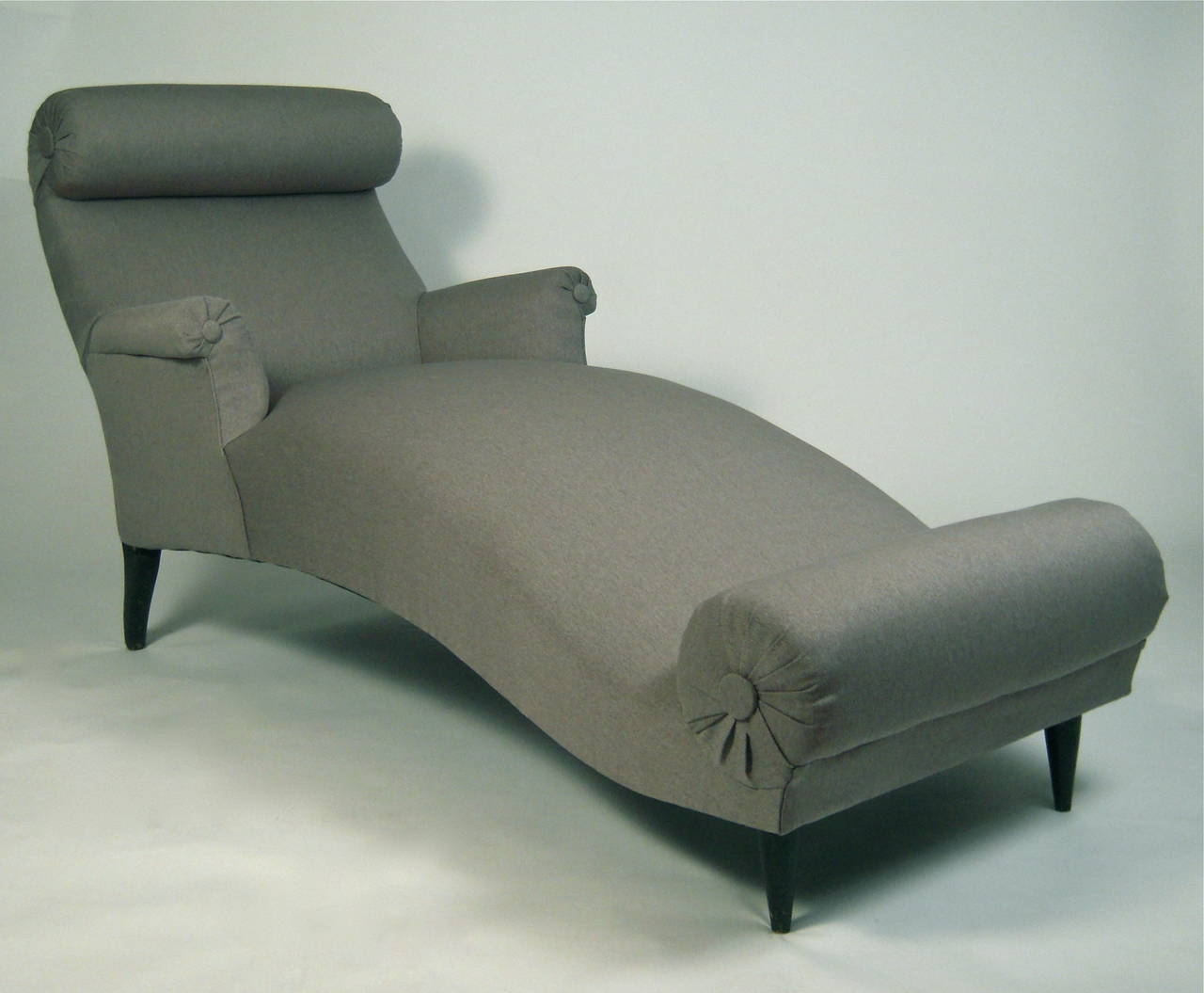 Sculptural and comfortable 19th century french chaise for Chaise longue french