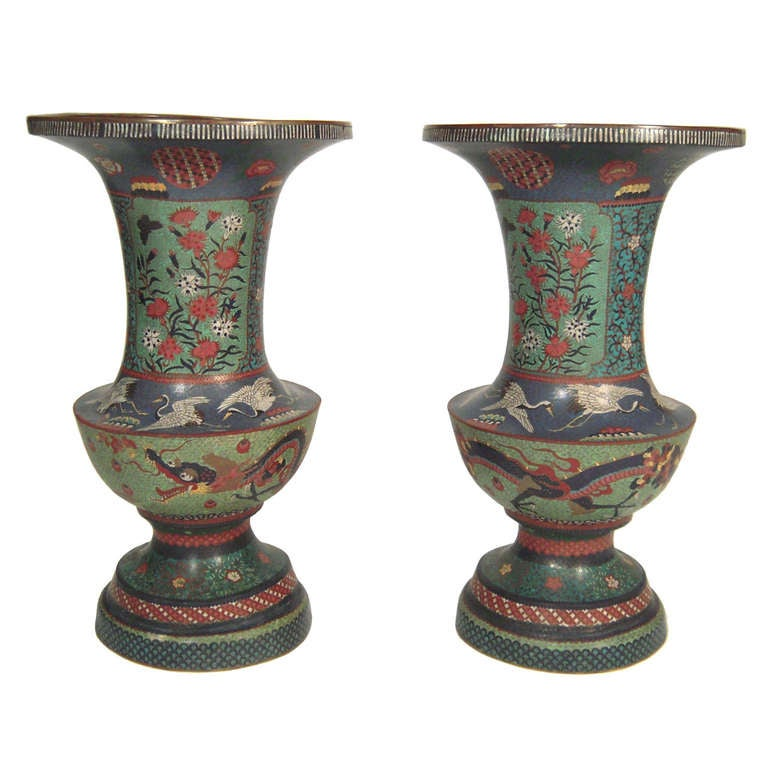 pair of large decorative 19th c japanese cloisonn vases at 1stdibs. Black Bedroom Furniture Sets. Home Design Ideas
