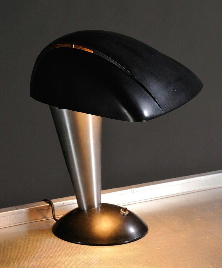 Streamline Polaroid Desk Lamp by Walter Dorwin Teague, circa 1939 For Sale 1