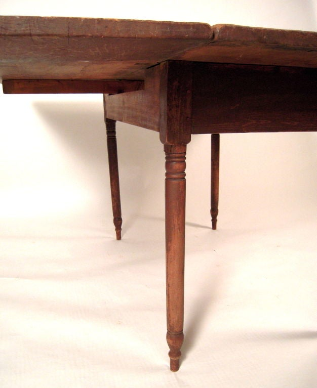 Early Northern New England Drop Leaf Dining Table For 8 at  : 837712759363278 from 1stdibs.com size 626 x 767 jpeg 43kB