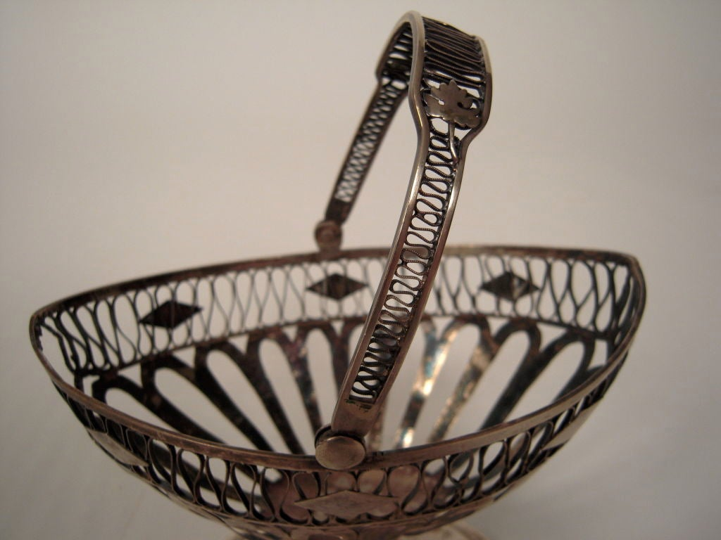European Silver Neoclassical Basket In Good Condition For Sale In Essex, MA