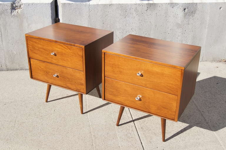 Pair Of Planner Group Nightstands By Paul McCobb For Winchendon Furniture 2