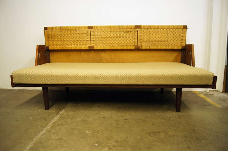 Danish Oak and Rattan Daybed by Hans Wegner for GETAMA For Sale