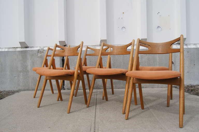 Scandinavian Modern Set of Six Oak Ch-29 Sawbuck Dining Chairs by Hans Wegner for Carl Hansen For Sale