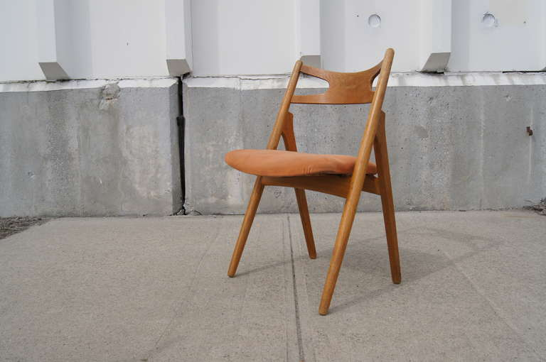 20th Century Set of Six Oak Ch-29 Sawbuck Dining Chairs by Hans Wegner for Carl Hansen For Sale