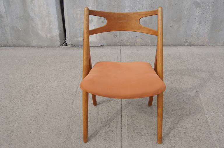 Set of Six Oak Ch-29 Sawbuck Dining Chairs by Hans Wegner for Carl Hansen For Sale 2