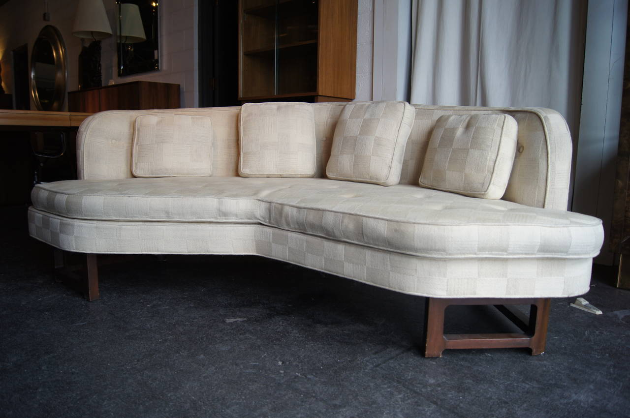 Mid-Century Modern Angular Janus Collection Sofa, Model 6329, by Edward Wormley for Dunbar For Sale
