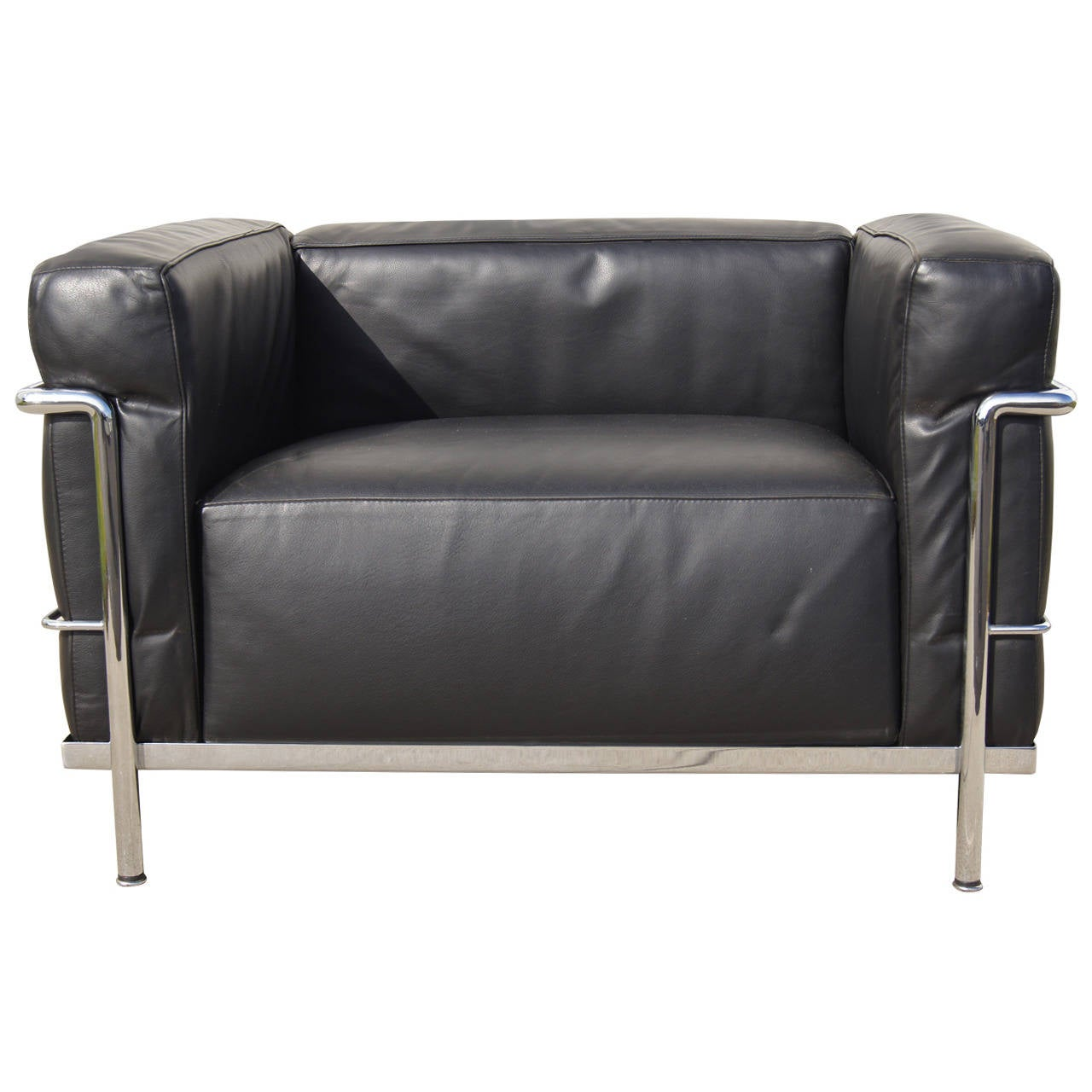 Lc3 grand confort lounge chair by le corbusier at 1stdibs for Sofas gran confort