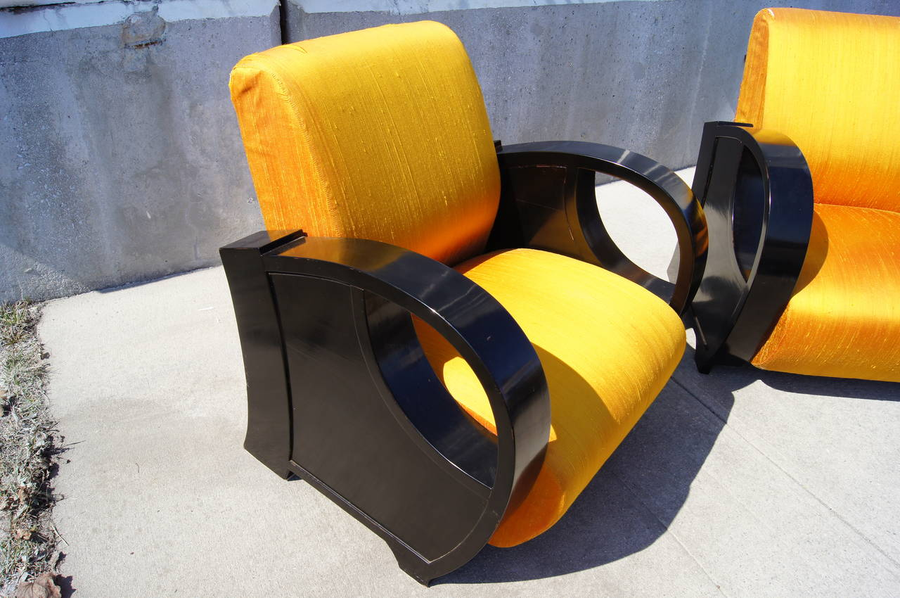 Pair of Ebonized Art Deco Club Chairs In Good Condition For Sale In Boston, MA