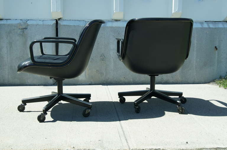 American Black Leather Executive Chair by Charles Pollock for Knoll For Sale